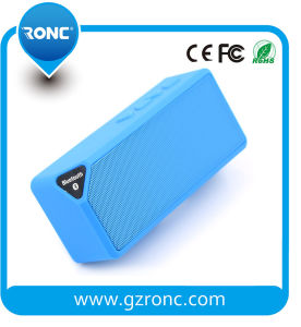 Factory Price Loudspeaker Box Portable Mini Bluetooth Speaker pictures & photos