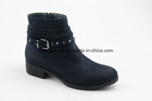 Rivet Design Round Toe Fashion Lady Boots for Winter pictures & photos