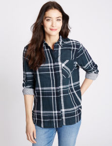 Plaid Slim Fit Checked Shirt with Turn-Down Collar pictures & photos