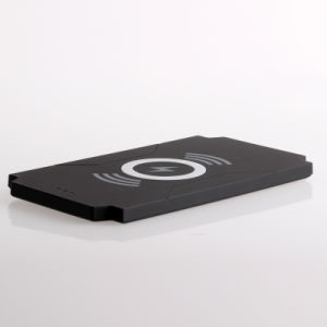 Hot Selling Wireless Charging Charger Pad (Qi Standard) pictures & photos