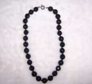 Semi Precious Stone Fashion Gemstone Crystal Necklace (ESB01372) pictures & photos
