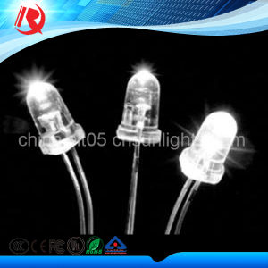 High Quality 5mm Warm White High Brightness Water Clear LED pictures & photos