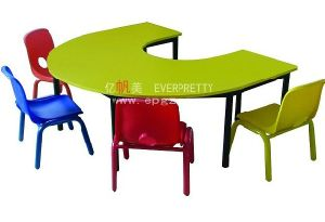 Popular U Shape Kindergarten Children Table and Chairs Set with Metal Leg pictures & photos