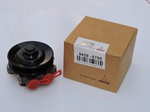 Deutz Engine Parts for Used Deutz Engine - Fuel Pump 04296790 pictures & photos