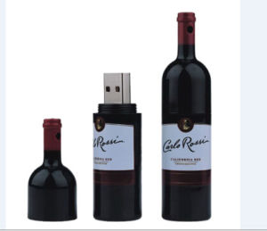 Custom Logo Plastic Wine Bottle USB Flash Drives pictures & photos