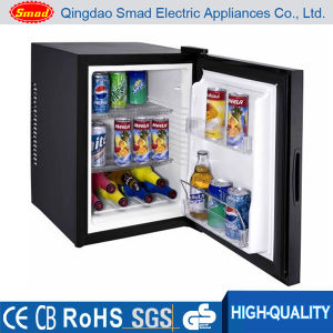 Home/Hotel Use Thermoelectric Single Door Minibar with CE/RoHS/CB Certificate (BCH-40/B) pictures & photos