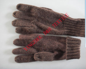 Popular Quality Brown Knitted Gloves pictures & photos