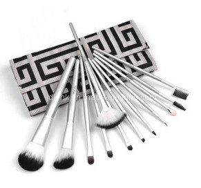 12PCS Black Hair White Shandle Make up Brush Set (JDK-PMA099)