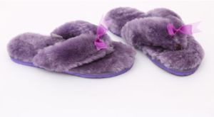 Australian Merino Sheepskin Ladies Home Slipper pictures & photos