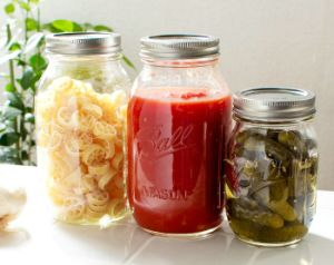 Mason Jar of Kitchenware 16oz 32oz Glass Bottle Packing Food pictures & photos