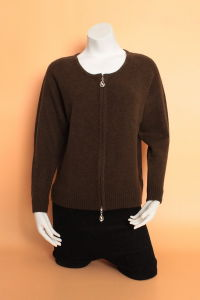 Gn1616 Yak Wool Sweater/Cardigan Cashmere Garment/Knitwear Clothing/Wool Textile/ Fabric pictures & photos
