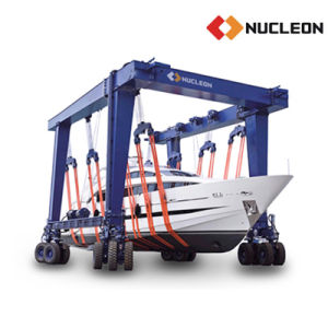 Yacht Lifting Solution Nucleon Mobile Boat Hoist with Yacht pictures & photos
