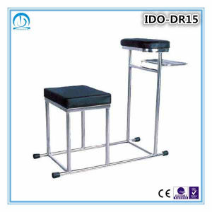 High Quality Hospital Medical Injection Treatment Chair pictures & photos