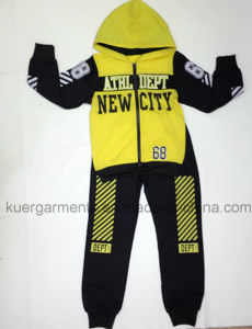 Fashion Boy Sport Clothes in Kids Leisure Clothes pictures & photos