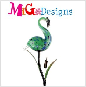 Hot Selling Green Flamingos Glass Lamp Solar Garden Stakes pictures & photos