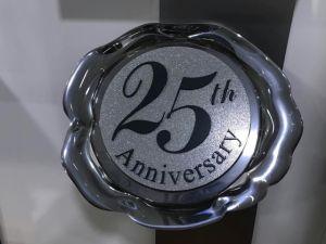 Custom Acrylic Signs, Acrylic Trophy, Acrylic Badges pictures & photos