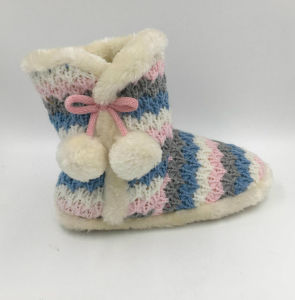 Womens Warm Pompom Indoor Winter Boots pictures & photos