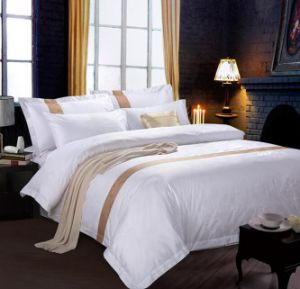 Hotel Quality Luxury Soft Brushed Microfiber 4 Piece Bedding (DPF107336) pictures & photos