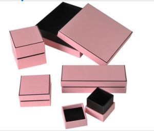 Paperboard Jewelry Box/ Jewelry Packaging Box pictures & photos