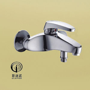 Oudinuo Brass Body Single Handle Shower Faucet 69014 pictures & photos