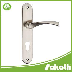 European Market Aluminum Alloy Door Handle on Plate pictures & photos