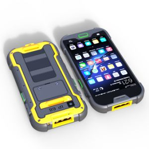 5 Inch 4G Lte Rugged IP68 Waterproof Smartphone with 2+16GB Memory & 5+13 MP Camera & Ultra Light LED Torch pictures & photos