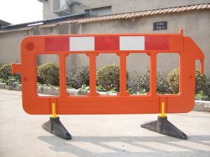 HDPE with UV Material Plastic Barrier pictures & photos
