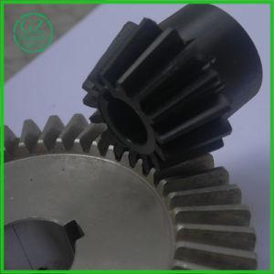 Factory Direct Sale Plastic Spur Gear Derlin POM Rack Gear pictures & photos