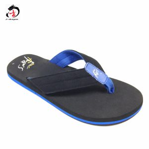 Best Sale Man Design Sandal pictures & photos