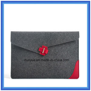 Customized Wool Felt Laptop Briefcase Bag, Promotion Envelope Shape Laptop Sleeve with Buckle Closing (wool content is 70%) pictures & photos