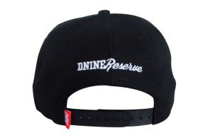 Custom Black 6 Panels Cotton Twill Flat Brim Snapback Cap pictures & photos