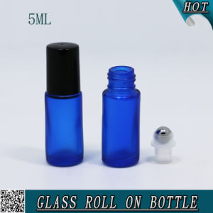 5ml Cobalt Blue Glass Roll on Bottle with Metal Ball pictures & photos