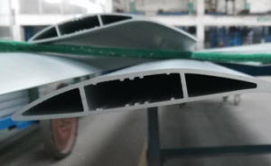 Aluminium Extrusion for Cooling Blade pictures & photos
