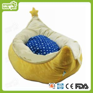 Half-Moon Shape Soft Plush Round Pet Dog Bed pictures & photos