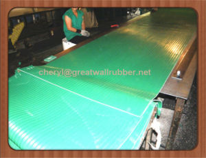 4MPa 26500V Insulation Rubber Sheet/ Dielectric Mat Floor Mat pictures & photos