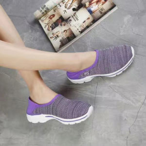Newest Women Slip-on Breathable Sports Casual Shoes Wholesale Customize (MB7092) pictures & photos