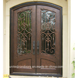 Decorative Eyebrow Top Wrought Iron Double Door (UID-D074) pictures & photos