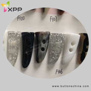 Fashion Plastic Toggle Button pictures & photos