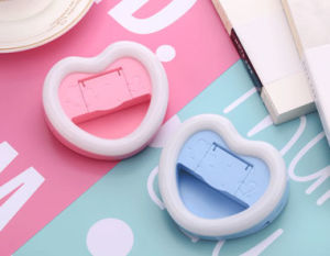 LED Heart-Shaped Rechargeable Night Light Shot, Flash Self-Timer Artifact pictures & photos