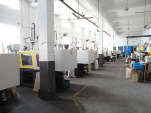 Auto-Lading Cutter Knife (NC24) pictures & photos