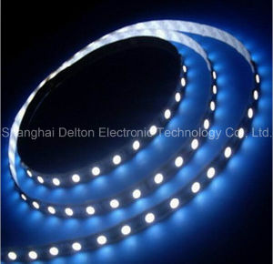 CE Approved 21.6W/M DC24V SMD5050 7000k LED Flexible Strip pictures & photos