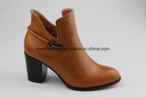 New Casual Lady Ankle Boots High Heel Leather Shoes pictures & photos