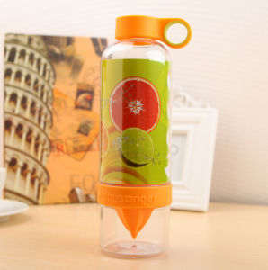 Popular Glass Water Bottle, Juice Bottle, Lemon Bottle pictures & photos