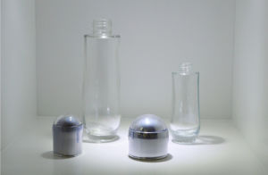 The Glass Series Cosmetic Bottle Use for The Four Seasons Qf-085 pictures & photos