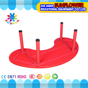 Plastic Student Table/Children School Furniture Table Moon Shaped Table (XYH-0012) pictures & photos