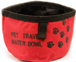 Hot Sales Wholesale Silicone Folding Dog Bowl with Metal Ring pictures & photos