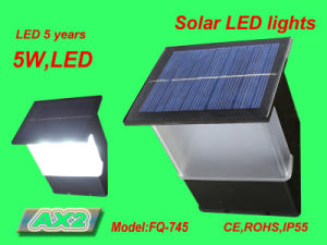 Fq-745 New Developed Aluminum Solar Light pictures & photos
