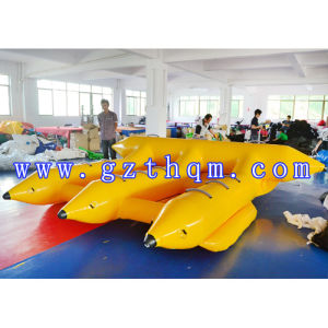 Three Rows of Inflatable Water Banana Boat pictures & photos