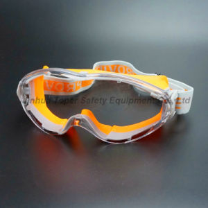 Anti-Fog Lens Soft Rubber Frame Safety Goggles (SG147) pictures & photos