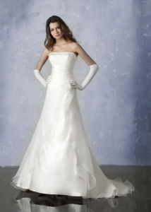 Elegant White Strapless Organza Bridal Wedding Dress (4029)